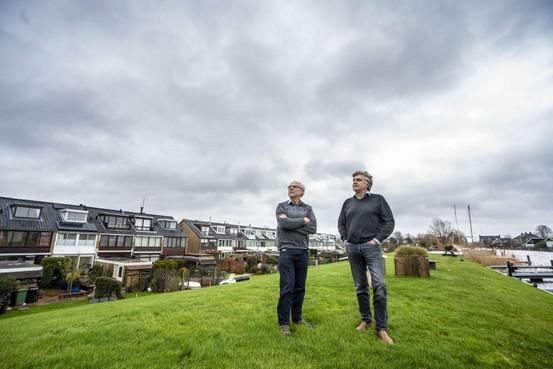 'Zuid-Holland moet niet zo achterover leunen bij Schiphol'