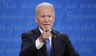 Biden in presidentiële tweet: direct hulp aan gezinnen VS