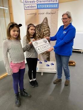 Sponsorloop basisschool ELS levert dierenasiel Stevenshage ruim 3 mille op