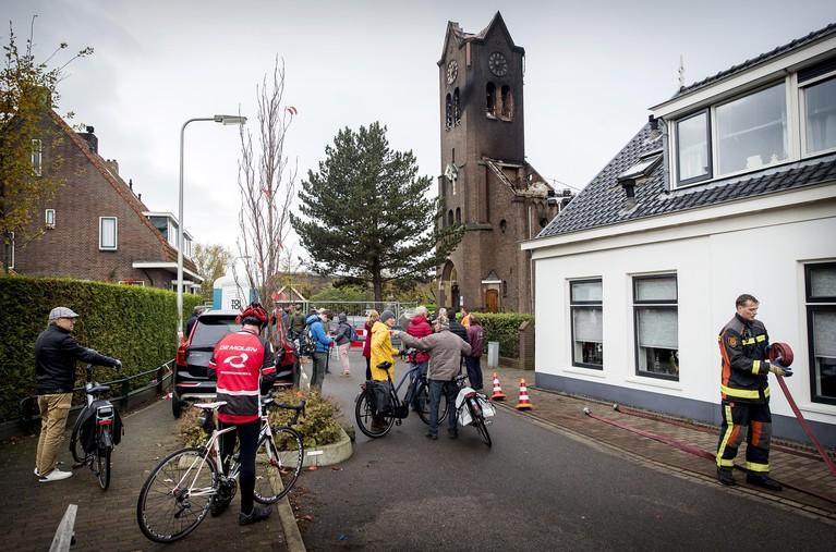 Schade kerk Hoogmade in kaart gebracht: hoe stabiel is het gebouw? [video]