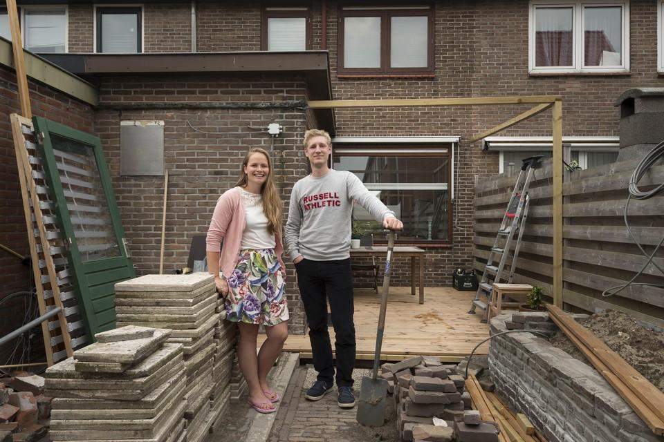 Jolijn Ronken en Felix Kienjet waren anderhalf jaar op huizenjacht, voordat ze dit huis in Oegstgeest 'gegund' kregen.