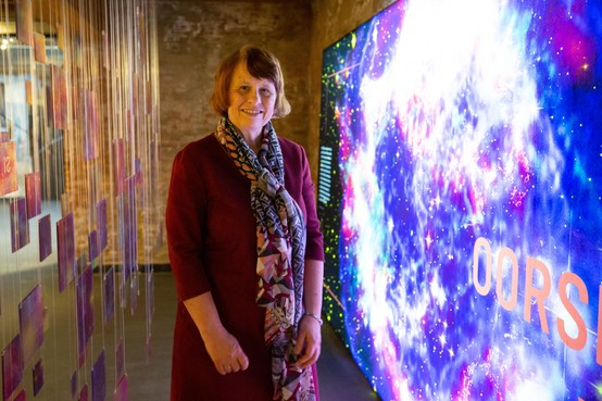 'Van aarde tot oerknal'; na eeuw onderzoek geeft het heelal zijn geheimen nog niet prijs [video]