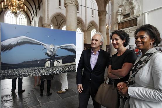 Femke Halsema opent World Press Photo-expositie in Naarden