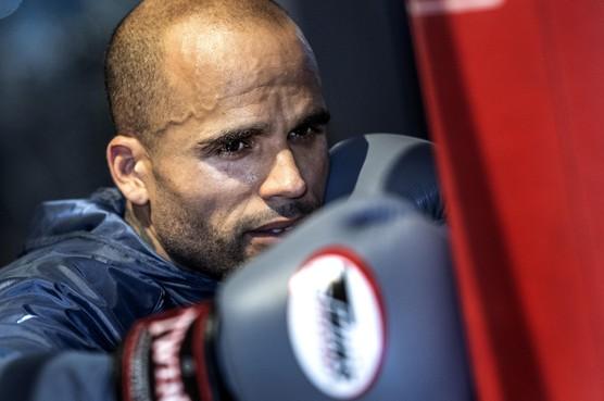 Orlando Smeekes is geboren voor het kickboksen: 'voor geen 10.000 euro terug naar voetbal'