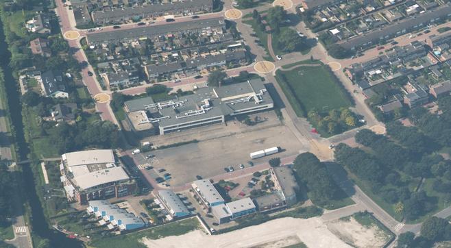 Ook met verpleeghuis aan Schoolbaan blijft er ruimte voor markt Roelofarendsveen