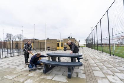 Trots presenteert Kickers '69 het vernieuwde voetbalcomplex in Leimuiden