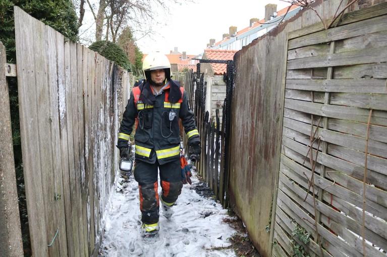 Brand verwoest schuurtje bij woning in Rijnsburg