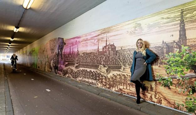 Leidse kunstenares Barbara van Druten versiert met haar compagnon Niki Koutouras de hele stad en meer