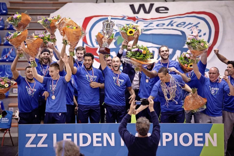 De kampioensploeg van ZZ Leiden