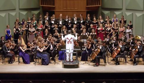 Minerva wil studenten en Leidenaars verbinden met concert op het Rapenburg