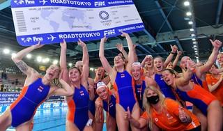 Nederlands waterpoloteam houdt het hoofd koel en plaatst zich voor Tokio. Speelster Ilse Koolhaas: 'Het OKT was geen last op onze schouders, met druk omgaan hoort erbij'