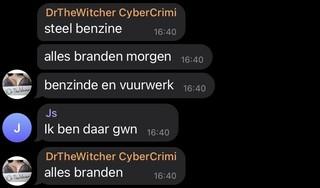 In de Telegram-chat zwepen relschoppers elkaar op: een kijkje in een wereld vol grote dreigementen, anonieme gebruikers en taalfouten | Reconstructie