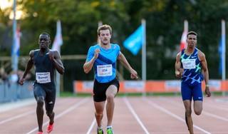 Hoog bezoek bij de Gouden Spike. Christophe Lemaitre en Dafne Schippers, sprintkanonnen van wereldklasse, maken in Leiden hun status waar [video]