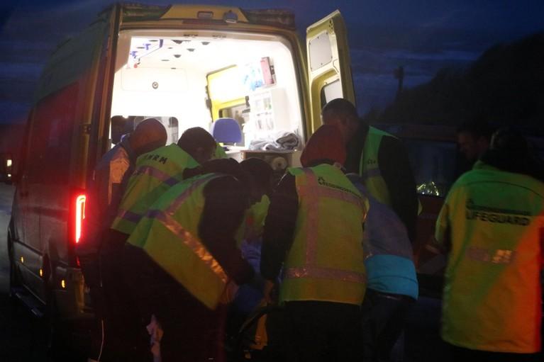 Hulpdiensten rukken massaal uit voor persoon te water in Noordwijk