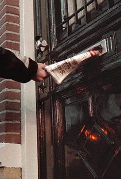 Man troggelt krantenabonnees al jaren geld af