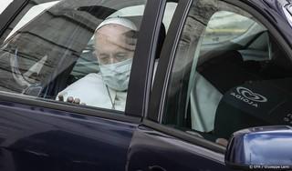 Paus ziet kindermisbruik als 'psychologische moord'