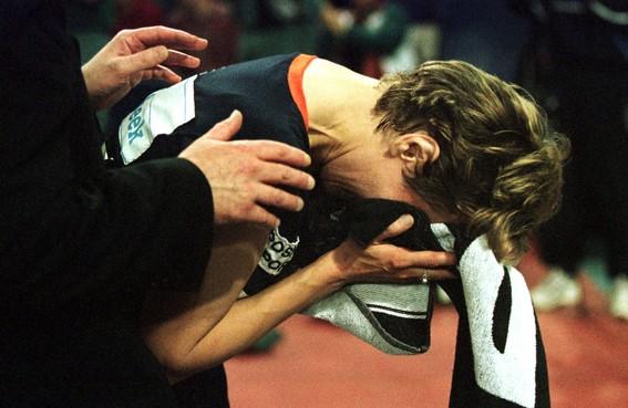 Toen er op 2 mei nog wél gesport werd: Bettine Vriesekoop doet een jaar na haar 'begrafenis' toch weer mee aan een EK