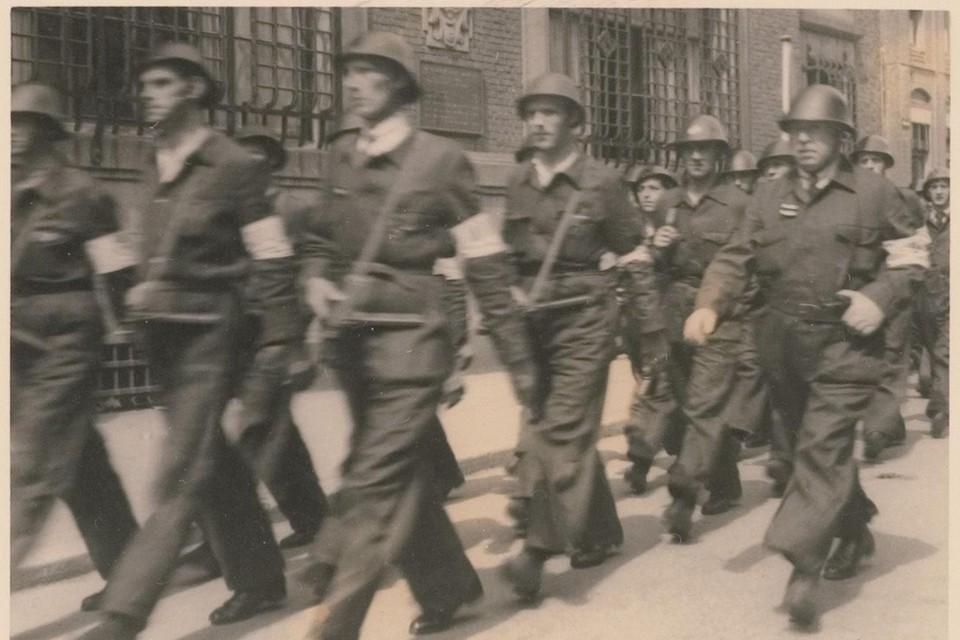 Bevrijdingsdagen, mei 1945: leden van de Binnenlandse Strijdkrachten.