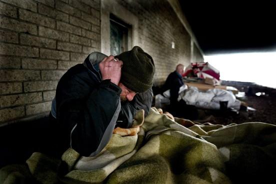 Vanuit Bed, Bad, Brood zeven man illegaliteit in: laatste dag opvang eindigt in zwerftocht op zoek naar een slaapplek