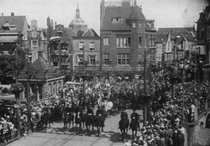 Bewegend Verleden: Universiteit Leiden viert 355-jarig jubilieum, 1930 [video]