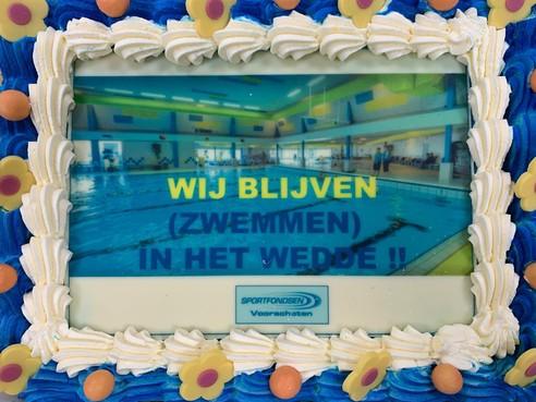 Zwembad blijft open en dus is er taart bij Het Wedde in Voorschoten