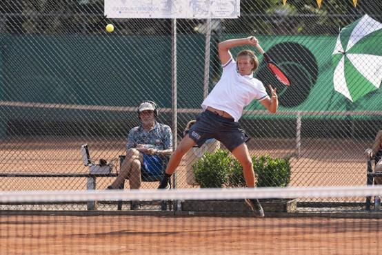 Camfferman blijft overeind na uitputtingsslag op Tehado Open
