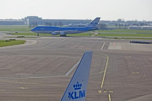 Schiphol zit al bijna aan wettelijke grens