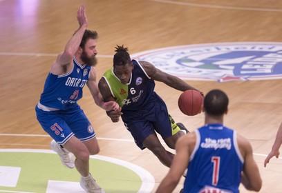 Coronacrisis zal ook volgend basketbalseizoen voelbaar zijn. 'We zitten nu met elkaar in survival-mode', zegt ZZ Leiden-voorzitter Marcel Verburg