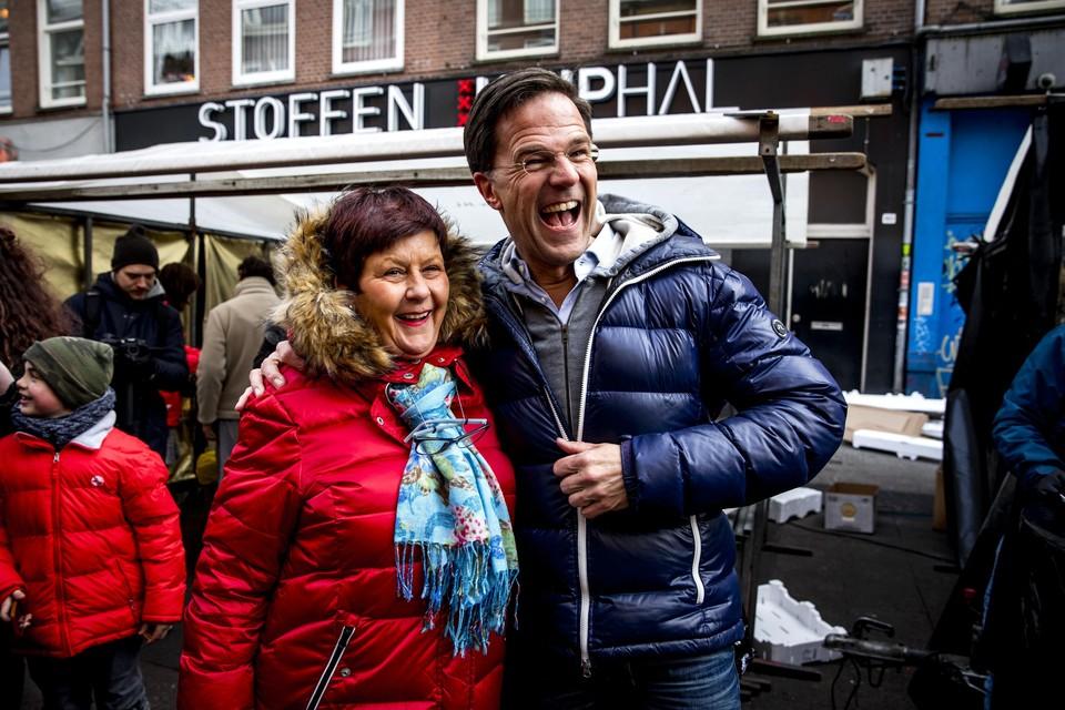 Mark Rutte is volgens Wim Voermans en het schaterlachende gezicht van een oppermachtig, ontketend bestuur.