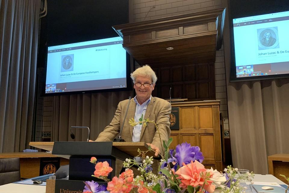 Peter van Dijk tijdens de P.J. Bloklezing i net Klein Auditorium van het Academiegebouw.