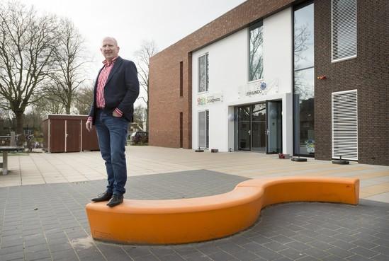 Nieuwe directeur Leimundoschool in Leiden, Jan Diebels, heeft een onwerkelijk begin zonder kinderen