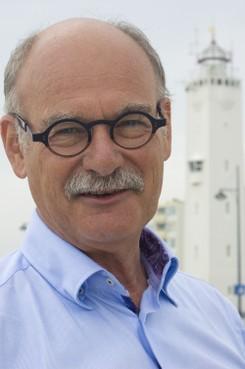 Huidarts Han van der Rhee: 'Raar dat er één zonadvies voor de hele wereld is'