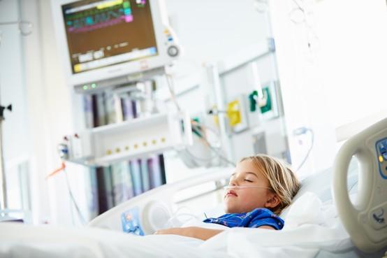 Kinderhartchirurg Mark Hazekamp LUMC initiatiefnemer brandbrief: 'Uitstel operaties van aangeboren hartafwijkingen door overvolle kinder-ic's in Nederland. Het is wachten op ongelukken'
