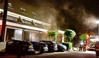 Hotel De Gouden Leeuw in Voorschoten ontruimd wegens brand: veel rook, maar geen gewonden [update/video]