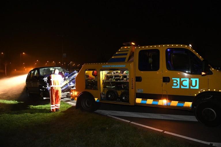 Auto crasht in Alphen aan den Rijn, bestuurder verdwenen