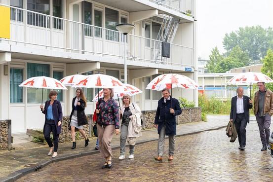 Groeten uit de Slaaghwijk: Een wijk als een wasmand die nooit leeg raakt