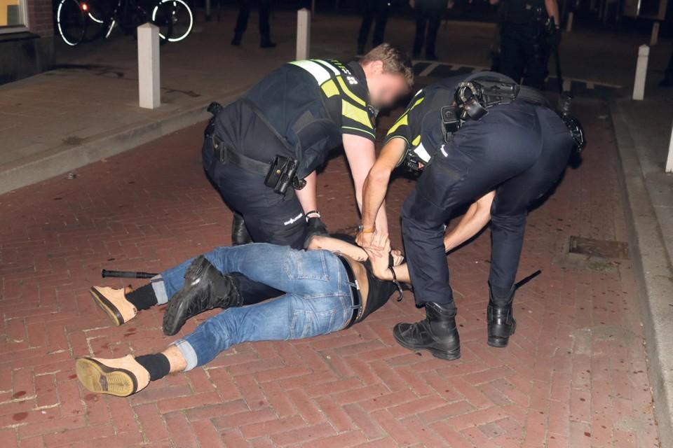 In de nacht van zaterdag op zondag kwam het ook tot aanhoudingen in Katwijk aan Zee.