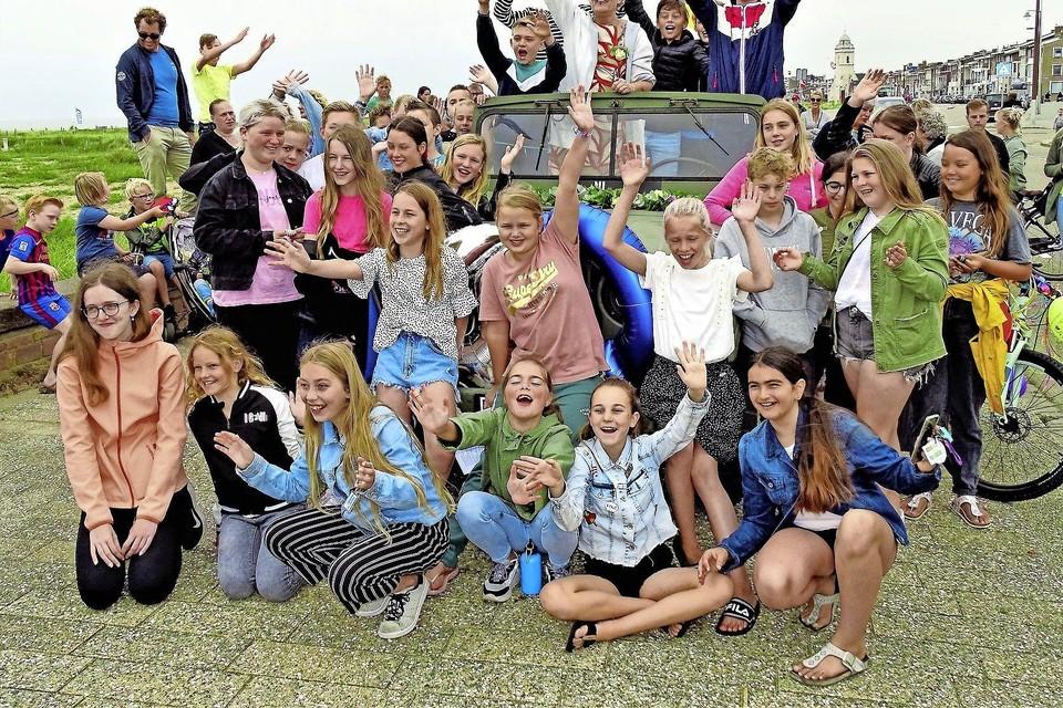 Blondi van der Woude kreeg vorig jaar juli een feestelijk afscheid van de leerlingen van de Christelijke Opleidingsschool.