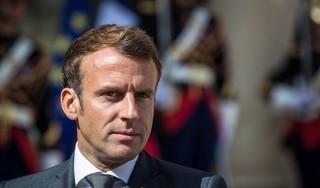 Macron wil hulp voor en hervormingen in Libanon