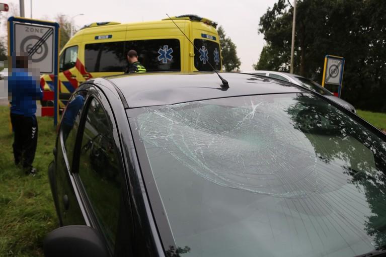 Meisje op fiets gewond bij aanrijding met auto in Lisse