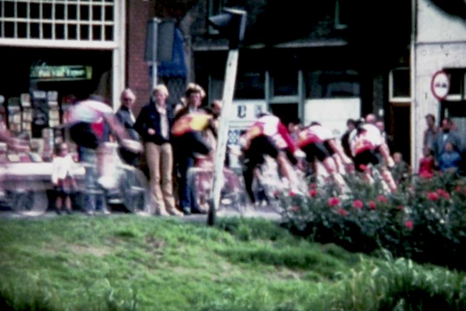 1979: profwierlerronde door Leiden met Joop Zoetemelk.