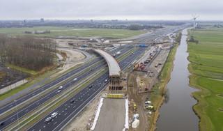 Rijnlandroute opnieuw vertraagd en duurder door corona