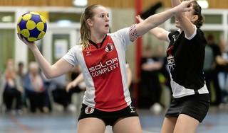 TOP wint eenvoudig van DVO maar is na Sanne Jousma voorlopig ook Julia Schuiling kwijt