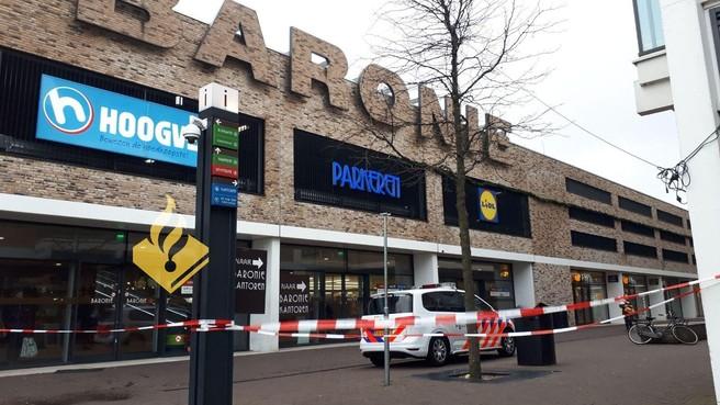 Gedeelte winkelcentrum Baronie afgesloten door de storm