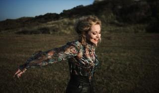 Anneke van Giersbergen heeft muziek als doe-het-zelftherapie [video]