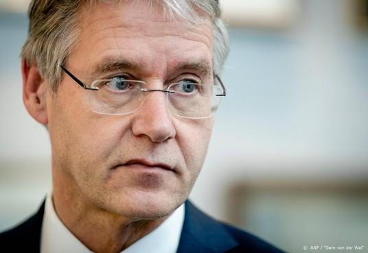 Minister wil schoolkeuze niet uitstellen tot derde klas
